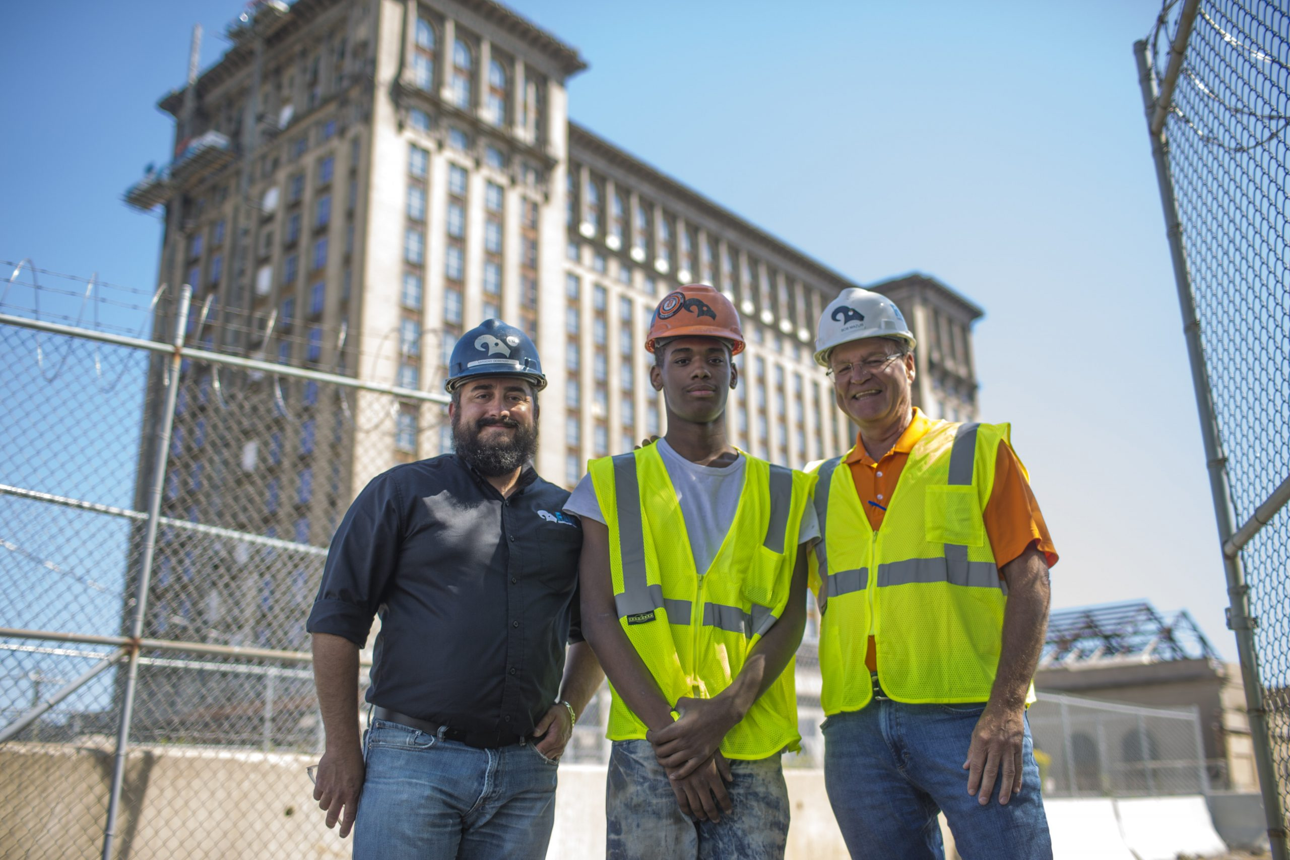 Maguel Ligon and employees of RAM Construction Services